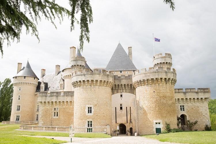 素敵な古城でプリンセス気分を満喫!!家族に見守られてアットホーム挙式♪♪