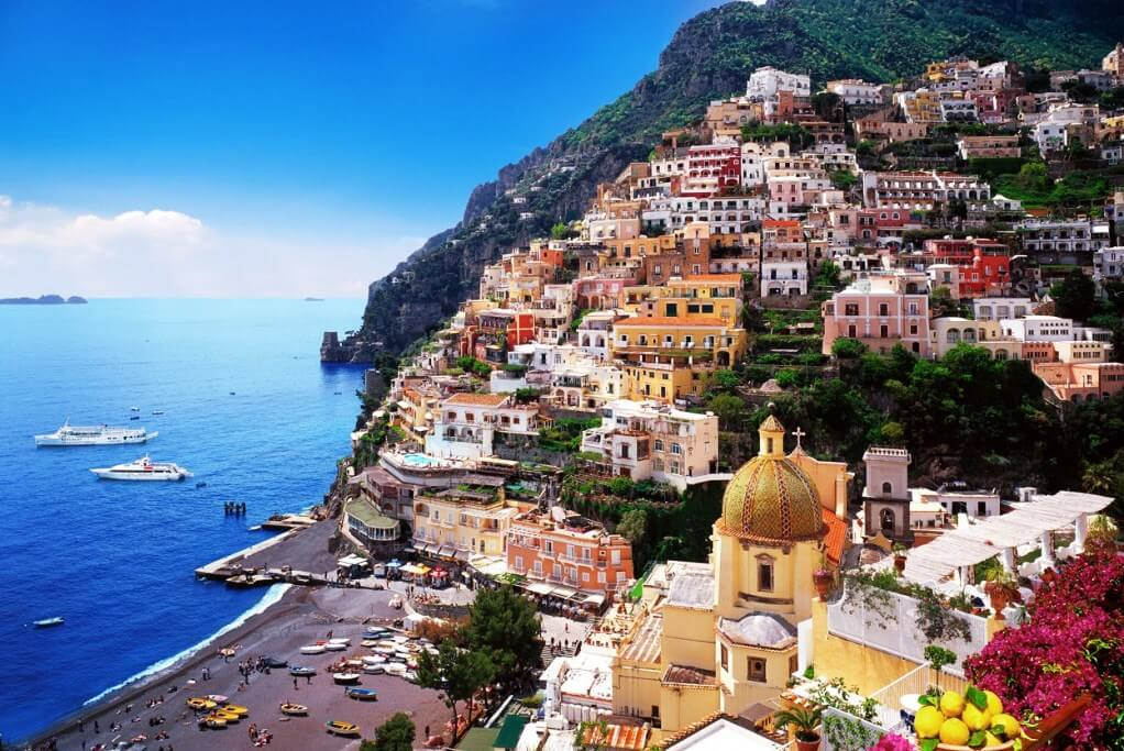 念願の海外リゾート挙式!南イタリア・アマルフィ海岸の眺めは最高♪