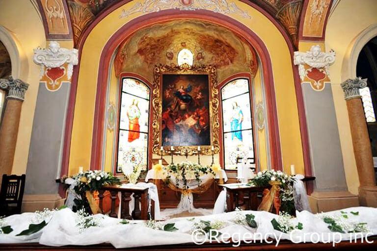 チェコにあるアルフォンス・ミュシャゆかりの名城で芸術に囲まれたヨーロッパ挙式!