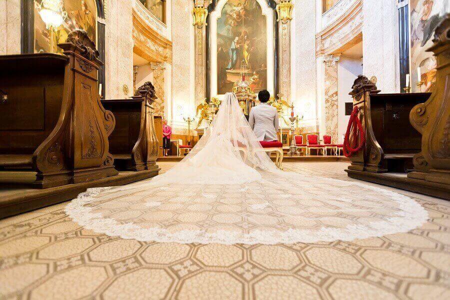 シェーンブルン宮殿チャペルで憧れのウエディングドレス姿の夢が叶いました!!