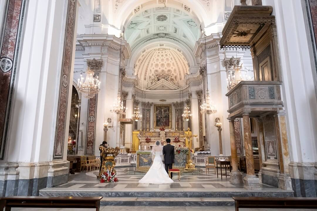 イタリアで二人だけの結婚式と新婚旅行がしたい!!